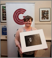 Paula Falvery pictured with her image 'A Sister Scorned' - best monochrome image of Photographer of the Year 2016